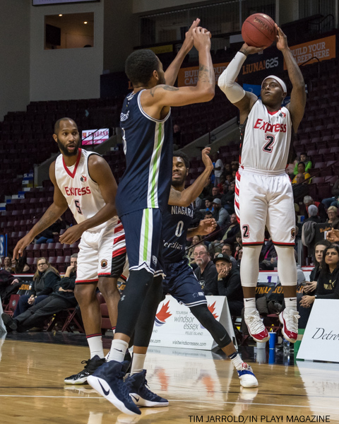 Express vs River Lions Dec 21 2017 (15)