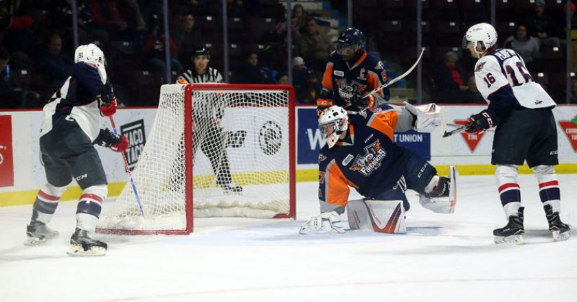 Windsor Spitfires vs Flint Firebirds Game PIX Dec 3 2017